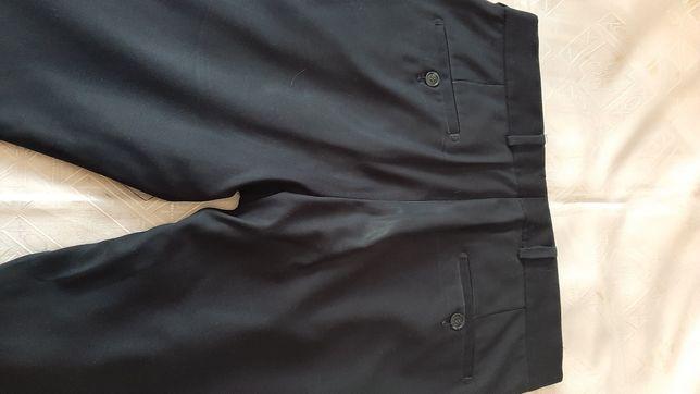 Продам брюки для школы