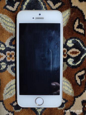 Продам Айфон 5s 16гб в идеальном  состоянии 35000