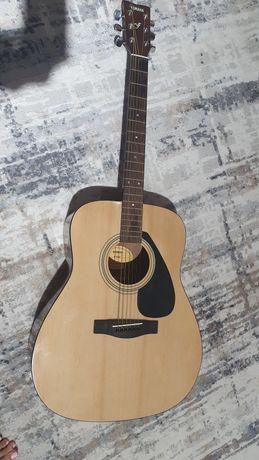 Гитара Yamaha в отличном состоянии.