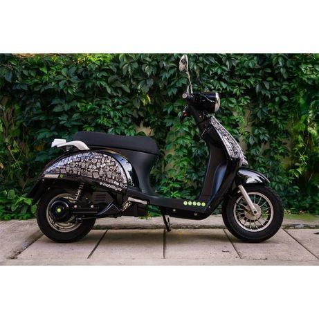 Scuter electric Motogrini e:motion 2048, putere 2Kw, autonomie 70 km