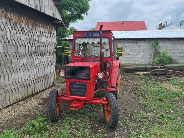 Tractor U445 piese originale  perfect functional