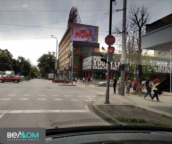 магазин/офис/ателие, Червен площад, 40 м2