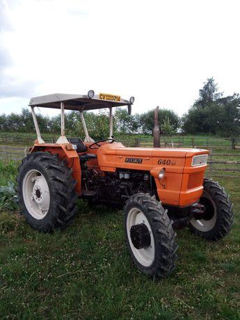 Vând sau SCHIMB cu auto 4x4 Bmw X3,  Tractor Fiat 640 Dtc 4x4 (UTB Dt)