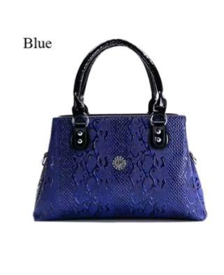 Елегантна лачена дамска чанта тъмно синя