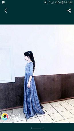 вечерный платья 48размер