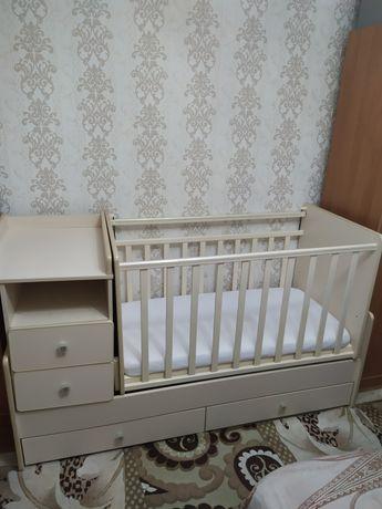 Детский манеж -кровать трансформер.