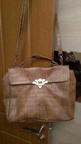 Дамска чанта,кожа-змийски принт, цена 7 лв