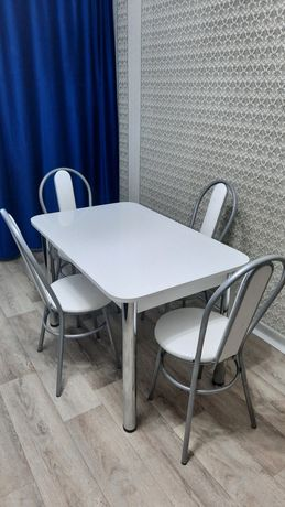 Продам стол стулья