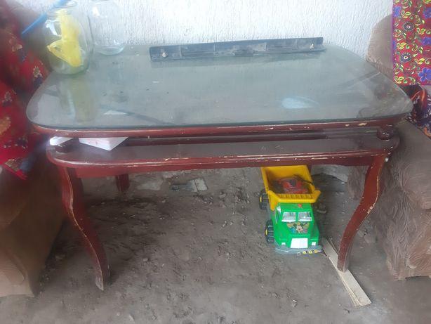 Стол стеклянная