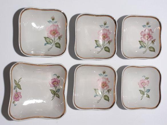 Руски порцеланови чинии за ордьовър ,,Дулево,, С позлата.Отлични.
