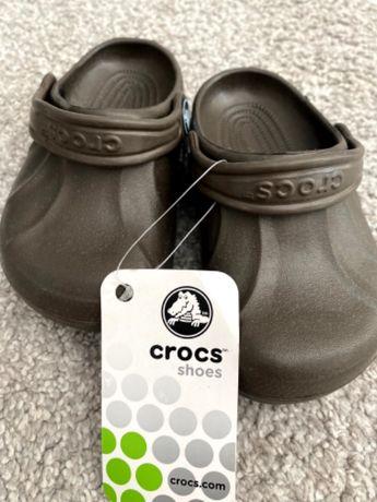 Бебешки обувки Crocs