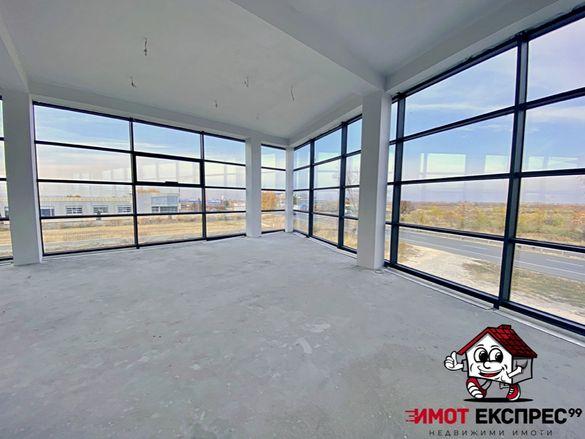 Помещение 900м2, ново строителство, 2 офиса, панорама