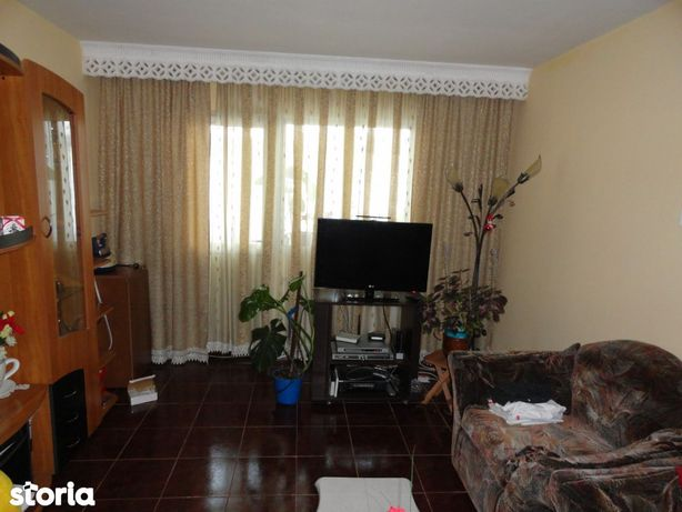 Apartament 3 camere, et.3, Mioritei, Bacau