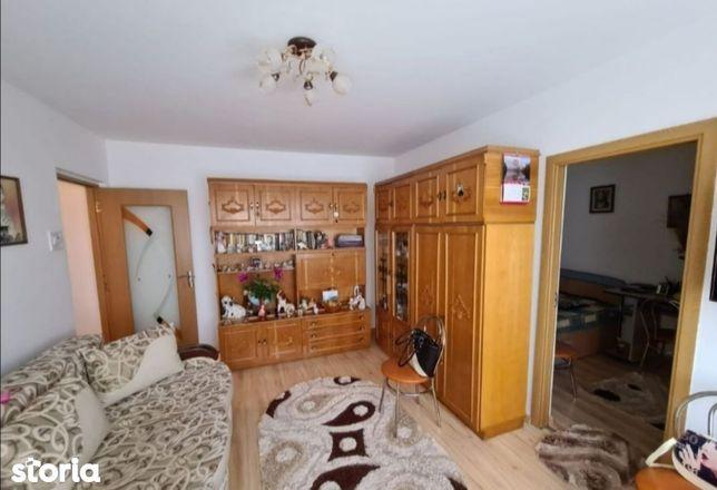 Apartament 2 camere, zona Malu Rosu (L75)