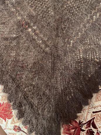 Продаю пуховую шаль