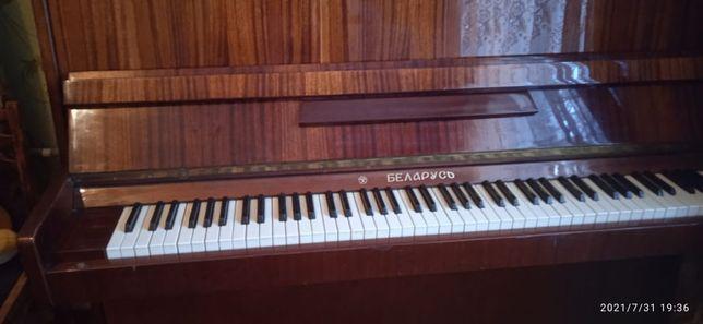 Продам музыкальный инструмент пианино