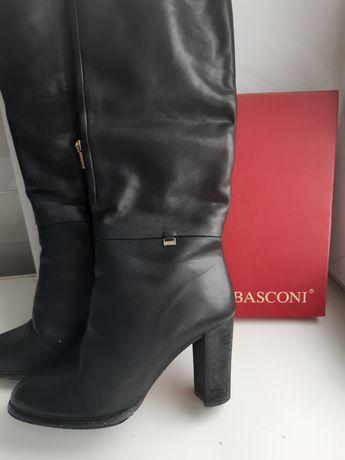 Продам споги зимние Basconi