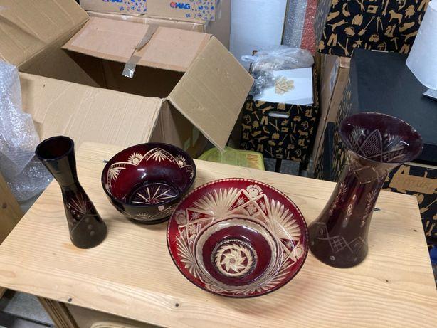 Lot 4 piese cristal rosu - 2 vaze, 2 boluri