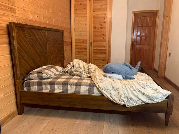 Кровать King (двухспальная) Ashley Broshtan из апельсинового дерева
