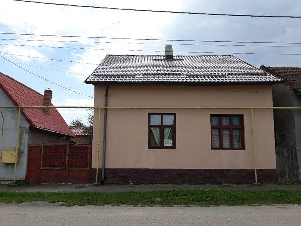 Casa de vanzare in Calan (orasul vechi)