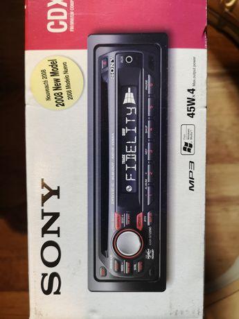 Sony CDX-GT225C Авто CD
