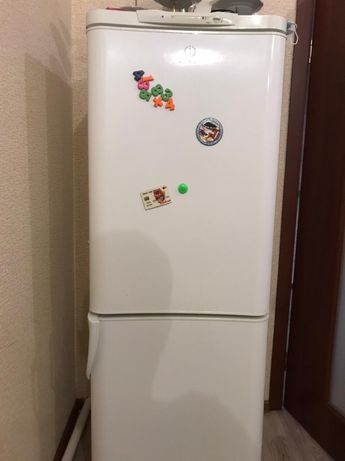 Продам холодильник Индезит