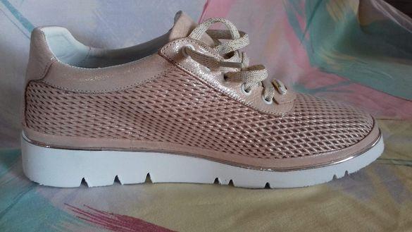 Дамски спортни обувки естествена кожа в златист розов цвят втора употр