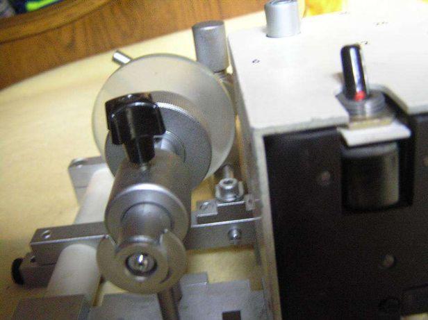 strung mecanic confectionat lentile bijuterii pietre