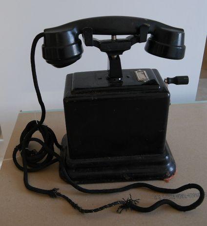 Telefon bachelita anii '40
