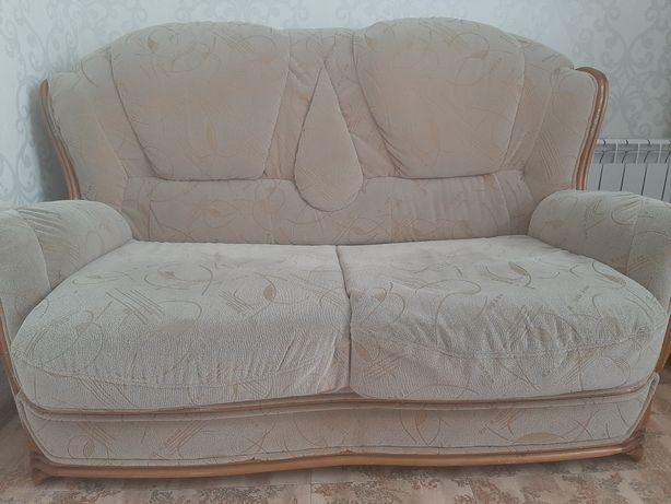 Продам диван 150 см