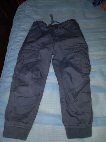 Vând lot pantaloni băieți