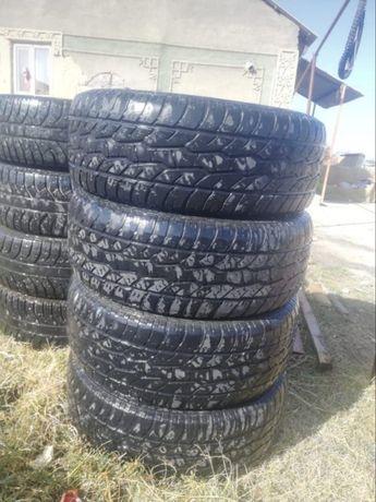 Срочно продам шины R17/285/65