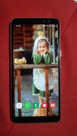 Telefon Samsung A8