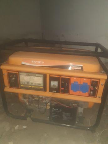 Продам генератор на 5.5 кВт пользовались раз 8 - 10 практически новый