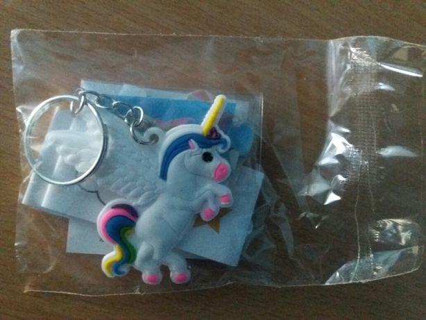 Breloc cu unicorn