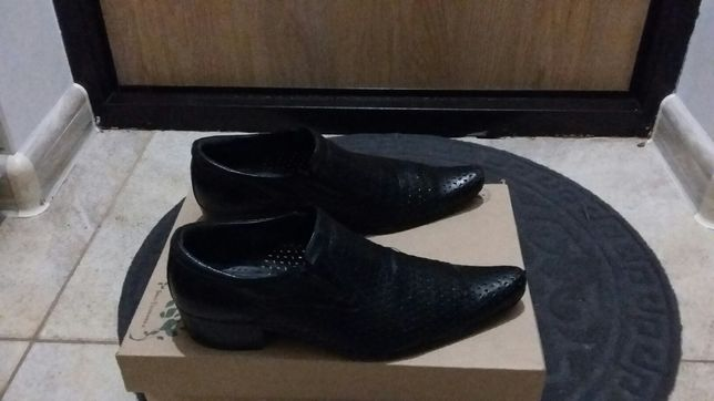 Продам  туфли  мужские фирменный