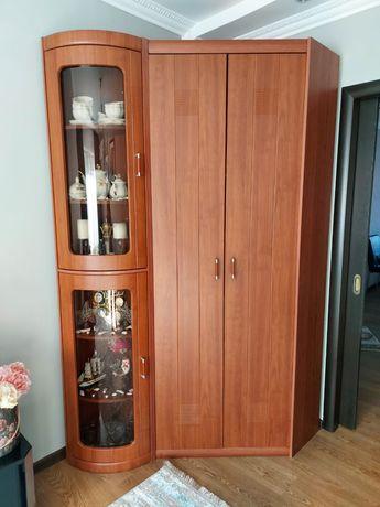 Шкафы угловые в отличном состоянии