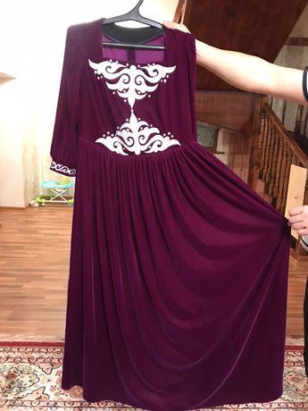 платье с казахскими орнаментами
