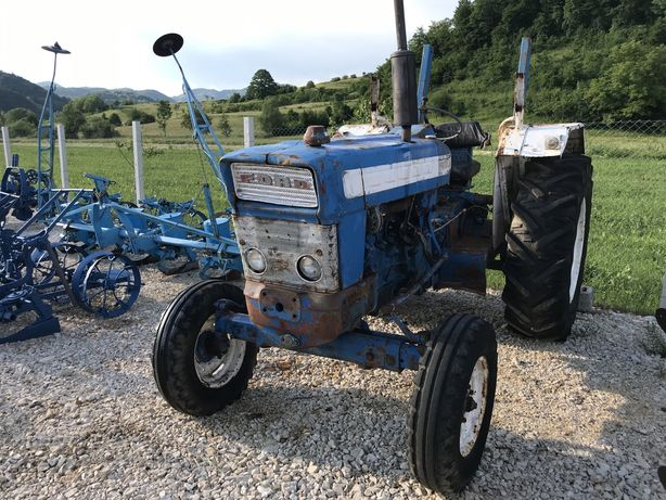 Tractor ford 5000 75 cp