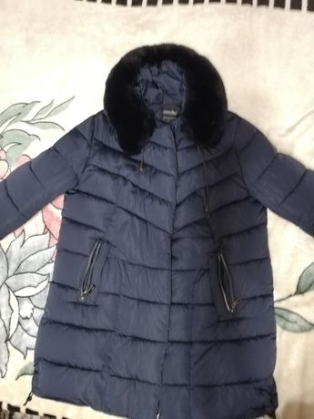 Продаётся женская  зимняя куртка
