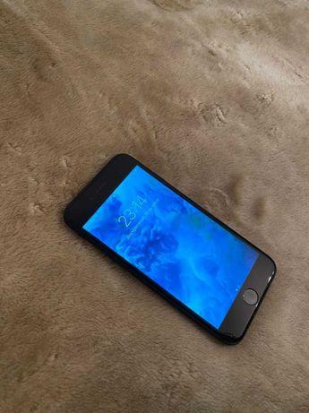 Продам в отличном состоянии IPhone 7