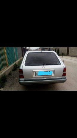 Продам мерс  W124