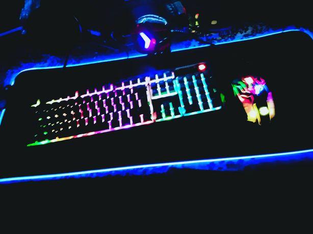 Компьютер,монитор,клавиатура,мышь,микрофон писать на вастап