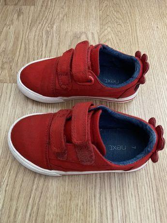 Next и Levi's обувки
