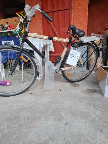 Vand bicicleta noua