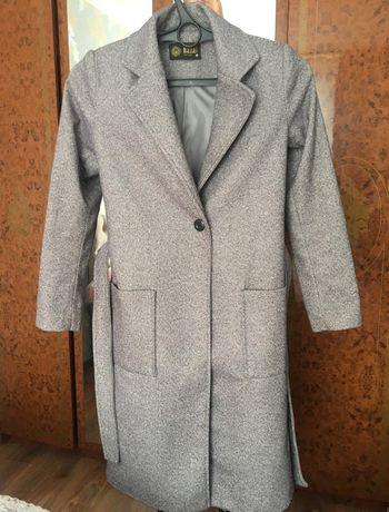 Продам пальто...