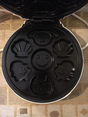 Уред за гофрети/cake maker
