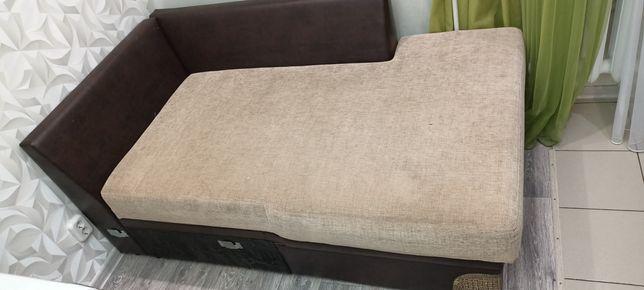 Продам диван состояние отличное как на фото