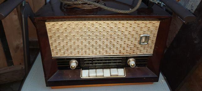 Vand radio vechi Carmen s616a