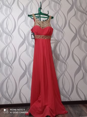 Женская одежда платье